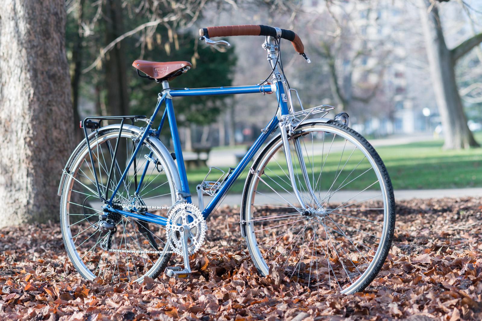 Vélo de ville et randonnée création La Fourmi Liberia 2015