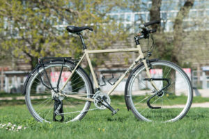 Surly-lht-long-haul-trucker-la-fourmi-