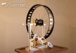 Montage de roue Rohloff (Fat 170mm) Artisanale sur Banc d'alignement P&K Lie